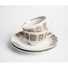 """Komplekts porcelāna tases un deserta šķīvji no servīzes """"Māra"""""""