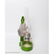 Senlaicīga petrolejas lampa