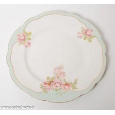 Porcelāna šķīvis, Kuzņecovs Latvija