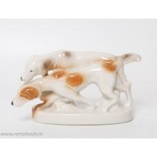 Porcelāna figūriņas, divi mednieku suņi
