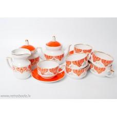 Porcelāna tējas servīze Aija-2. 6 personām, tases, apakštases, tējkanna, krējuma trauks, cukurtrauks