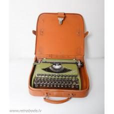 Rakstāmmašīna Groma Kolibri, Vācija